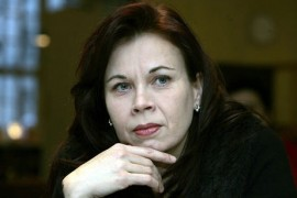 """(28.3.2011) Koulukiusattua poikaansa puolustanut kirjailija Päivi Alasalmi: """"Tunnen jo voittaneeni"""""""