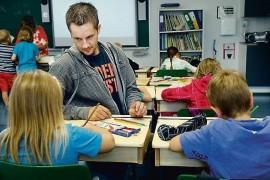 (11.4.2013) JHL vaatii koulunkäynninohjaajille vankempaa roolia koulurauhan turvaamisessa