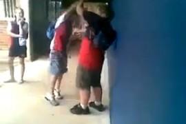 (14.8.2014) Oheinen video sen kertoo – Älä lyö tai sulle käy huonosti!