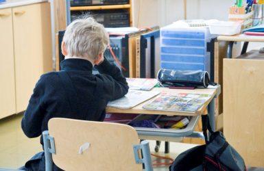 """(1.5.2016) Opettaja näkee Suomen karun todellisuuden: """"Ekaluokkalaiset voivat sanoa, ettei heillä ole rahaa ruokaan"""""""