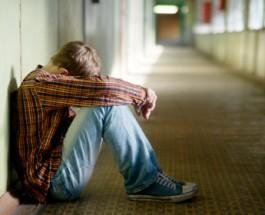 (28.8.2018) Hengenvaarallinen kiusaamistapaus Kotkassa: 15-vuotias pakotettiin pitämään vuotavia paristoja suussa